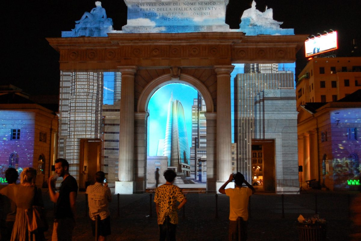 Video mapping milano